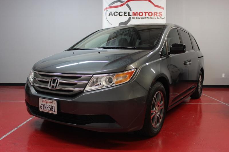 2013 Honda Odyssey EX ホンダ・オデッセイ 7人乗りのファミリー・バン