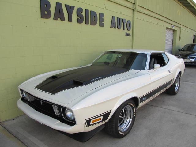 1973 Ford マスタング マッハ1 憧れのアメ車をアメリカで乗ってみませんか! 新車のようなクラシックカー
